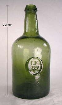 Popular Brand Vintage Green Glass Long Neck Wine Bottle Vintage Bar Home Decor Heavy Thick Discounts Price Other Antique Decorative Arts