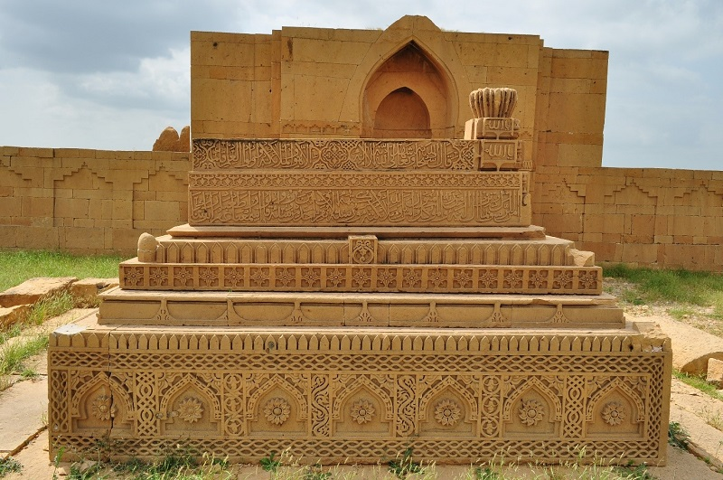 The tomb of Dulhey Darya khan